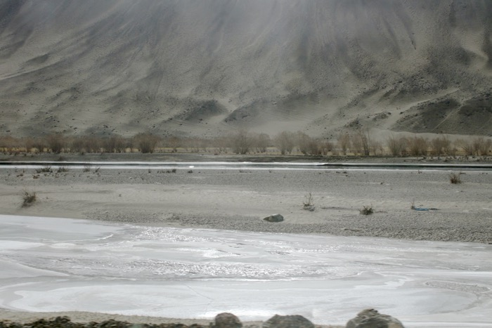 Winterladakh: Induslandschaft vor Chumathang