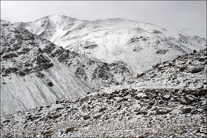 Schneeberglandschaft im Rong-Gebiet