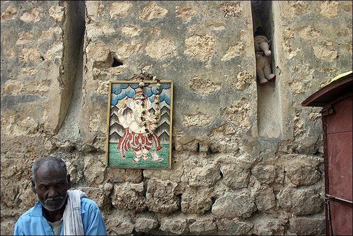 weiterer Kunde und Ganesh als Bild und Stofftier in Bikaner