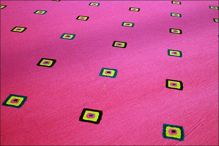 Druckmuster auf Stoff in Bikaner