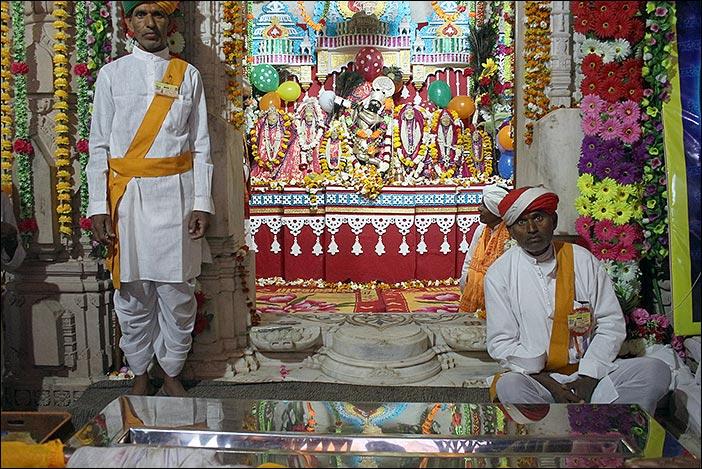 Heiligtum bei Baneshwar Fair