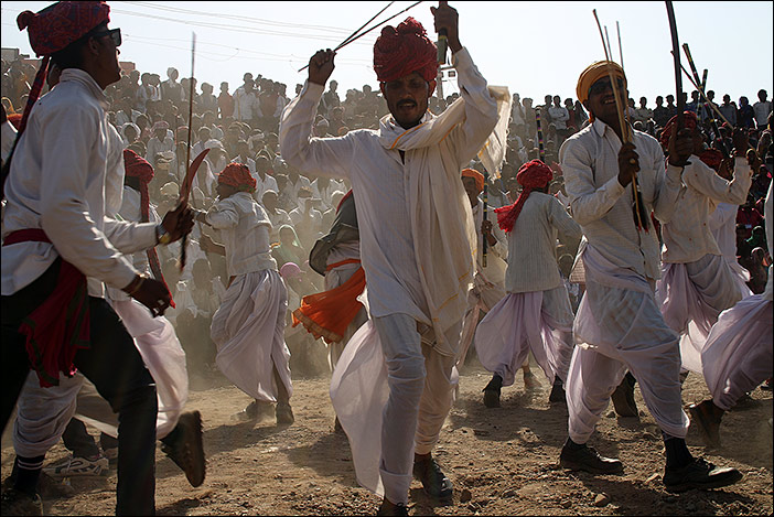 Tanzwettbewerb auf Baneshwar Fair