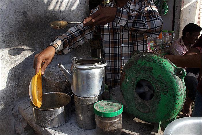 Tee in Jhadol