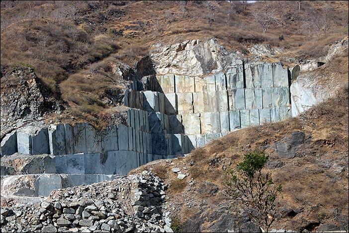 Steinbruch in Süd-Rajasthan